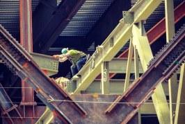 دانلود کتاب طراحی لرزه ای سازه های فولادی